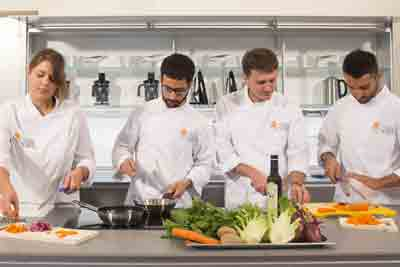 we-support-the-formation-of-gastronomes-at-pollenzo-university